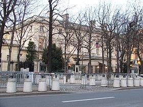 280px-us_embassy_paris_6375